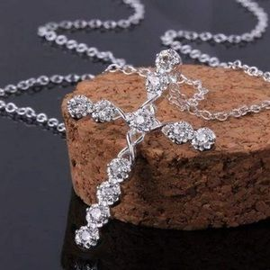 925 STERLING SILVER CRYSTAL CROSS NECKLACE